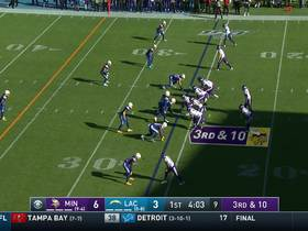 Watch: Cousins threads needle to Diggs on 19-yard dart over middle