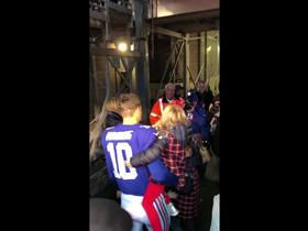 Watch: Eli Manning shares moment with his family after win vs. Dolphins