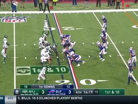 Watch: Vyncint Smith runs down the sideline for 20-yard gain