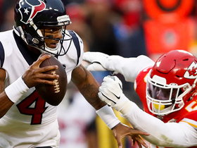 Watch: Clark closes door on Texans' comeback hopes with fourth-down sack