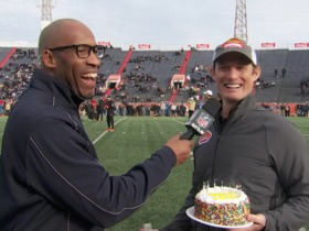 Watch: Jim Nagy surprises Bucky Brooks with birthday cake at Senior Bowl practice