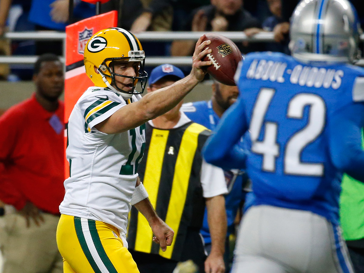 reputable site 90c2f 2538d Packers stun Lions on Aaron Rodgers' Hail Mary TD - NFL.com