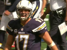 Rivers breaks Fouts' career passing TD record with Chargers