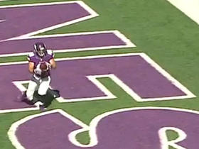Vikings Zach Line scores the one-yard TD