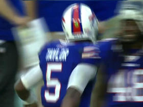 Bills Tyrod Taylor finds Chris Hogan for 38-yard TD
