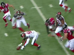 Buccaneers Jacquies Smith recovers Falcons red zone fumble