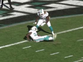 Dolphins Damien Williams botches kickoff return