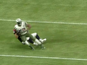 Texans Brian Cushing tackles Stevan Ridley for a loss of 5 yards