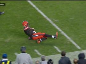 Austin Davis scrambles for 7 yards and slides in bounds