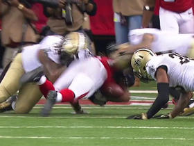 Devonta Freeman fumbles, Saints recover