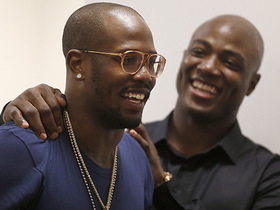 'America's Game': Von discusses importance of Ware as a mentor