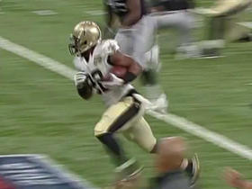 Drew Brees finds Mark Ingram for a gain of 20 yards