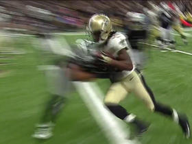 Drew Brees finds Travaris Cadet for a 2-yard TD