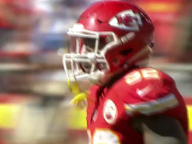 Alex Smith finds Spencer Ware for a 20-yard TD