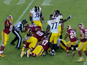 Rothlisberger fumbles after being sacked, Pouncey recovers
