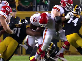Spencer Ware coughs up the football, Steelers recover