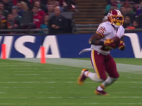 Chris Thompson tip-toes in for first down