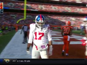 Eli Manning hits Dwayne Harris for a 13-yard TD