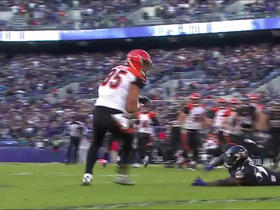 Andy Dalton converts on 4th down with 13-yard pass to Tyler Eifert
