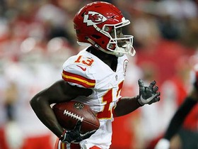 De'Anthony Thomas somehow stays on his feet during kick return