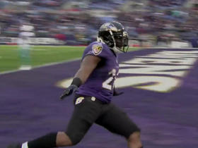Terrance West bounces outside for 9-yard TD rush