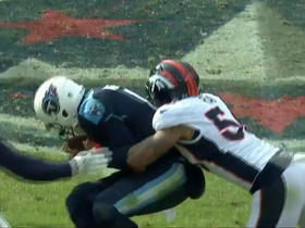 Shane Ray bursts through to sack Marcus Mariota