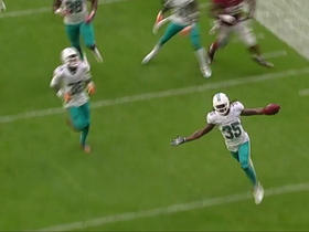 Walt Aikens returns blocked extra point 75 yards for 2 points