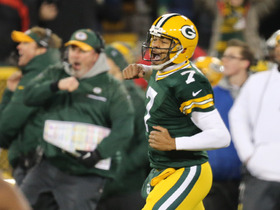 Brett Hundley comes in for Aaron Rodgers early in 4th quarter