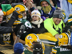 Jeff Janis coasts into end zone on 19-yard end around