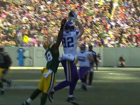Sam Bradford fires one to Kyle Rudolph for 21-yard pick up