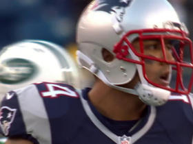 Jimmy Garoppolo finds Michael Floyd for his first catch as a Patriots player
