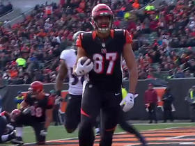 Andy Dalton finds C.J. Uzomah for a 1-yard touchdown