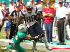 Martellus Bennett picks up 18 yards on catch and run
