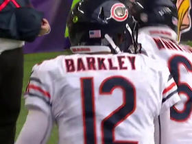 Can't-Miss Play: Cameron Meredith throws to Matt Barkley for 2-yard TD
