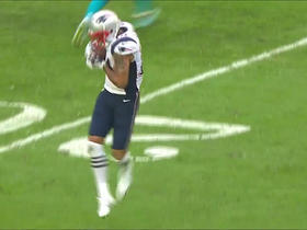 Tom Brady hits Michael Floyd for first down