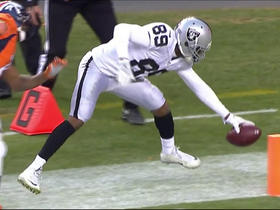 Amari Cooper makes a great catch and reaches for the TD