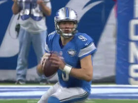 Matthew Stafford slides around in pocket, completes 23-yard pass