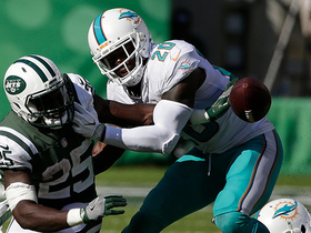 Dolphins recover Elijah McGuire's fumble