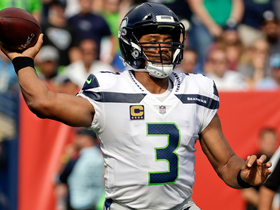 Russell Wilson throws deep to Doug Baldwin for 36 yards