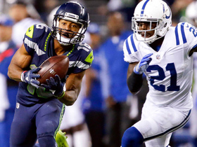 Russell Wilson launches another deep bomb, this time to Tyler Lockett