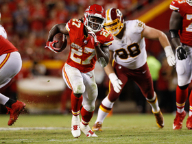 Kareem Hunt corkscrews his way to a 17-yard gain