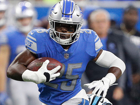 Theo Riddick gets short pass, takes off for 21 yards