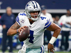 Dak Prescott takes off for wide-open 21-yard rush up the middle