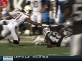 Dexter McDonald pops ball out of Williams' hands for huge Raiders' turnover