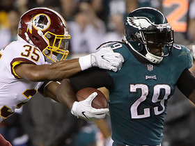 Blount ensures Eagles victory with power run up middle for 21 yards