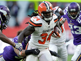 Isaiah Crowell rushes for 38-yard gain