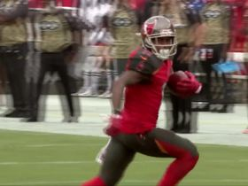 Ryan Fitzpatrick finds DeSean Jackson across the middle for 22 yards