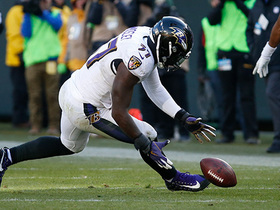 Suggs ambushes Hundley for strip-sack, Mosley recovers