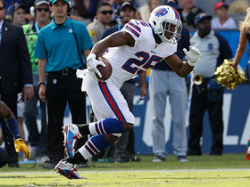 LeSean McCoy finds open field for 37-yard gain