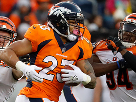 Devontae Booker takes off for 21 yards on catch-and-run
